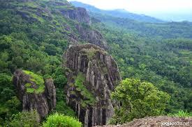 travel wisata gunung nglangeran