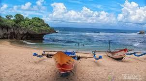 travel wisata pantai ngandong